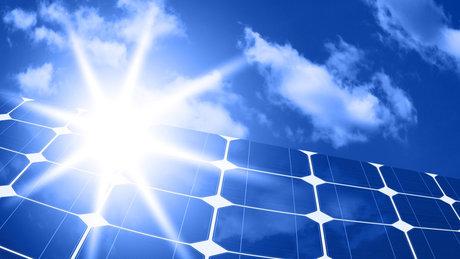 انرژی فتوولتائیک به تبدیل نور خورشید به الکتریسیته از طریق یک سلول فوتوولتائیک گفته می شود که به طور معمول […]